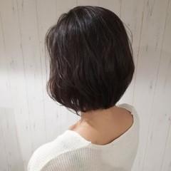 大人女子 ボブ 暗髪 ナチュラル ヘアスタイルや髪型の写真・画像