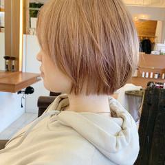 ナチュラル ハイトーンカラー ショートボブ ショート ヘアスタイルや髪型の写真・画像