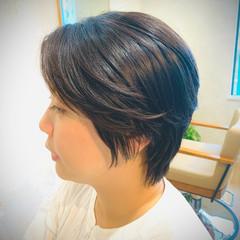 ショートヘア ナチュラル ウルフカット ベリーショート ヘアスタイルや髪型の写真・画像
