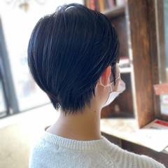 ショート ナチュラル 前下がりショート ハンサムショート ヘアスタイルや髪型の写真・画像