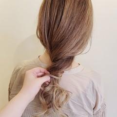 ロング ふわふわ デザインカラー ハイライト ヘアスタイルや髪型の写真・画像