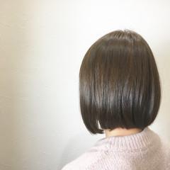 ラベンダーアッシュ ボブ グレー フェミニン ヘアスタイルや髪型の写真・画像