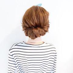 簡単ヘアアレンジ ヘアアクセ フェミニン 大人女子 ヘアスタイルや髪型の写真・画像