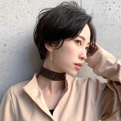 黒髪ショート ナチュラル 暗髪女子 ショート ヘアスタイルや髪型の写真・画像
