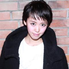 ショート モード 黒髪 イルミナカラー ヘアスタイルや髪型の写真・画像