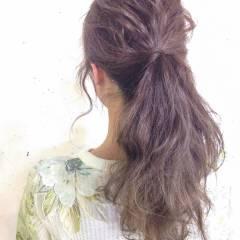 暗髪 ヘアアレンジ ウェーブ ストリート ヘアスタイルや髪型の写真・画像