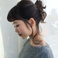ルーズ ミディアム 簡単ヘアアレンジ 束感 ヘアスタイルや髪型の写真・画像