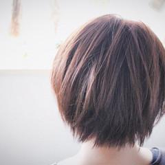 グレージュ ボブ ナチュラル ラベンダーピンク ヘアスタイルや髪型の写真・画像