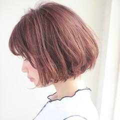 フェミニン デート パーマ ボブ ヘアスタイルや髪型の写真・画像