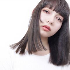 セミロング ガーリー 暗髪 ワンレングス ヘアスタイルや髪型の写真・画像