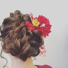 デート ヘアアレンジ フェミニン アウトドア ヘアスタイルや髪型の写真・画像
