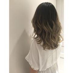 外国人風 ハイライト グラデーションカラー ゆるふわ ヘアスタイルや髪型の写真・画像