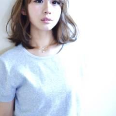 モテ髪 ミディアム フェミニン ゆるふわ ヘアスタイルや髪型の写真・画像