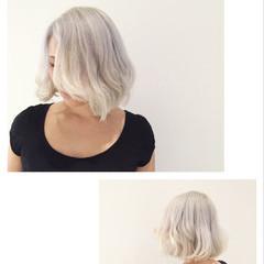 ハイトーン 外国人風 シルバー ホワイト ヘアスタイルや髪型の写真・画像
