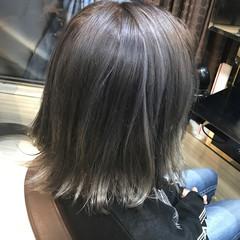 モテ髪 ハイライト アッシュグレージュ ショート ヘアスタイルや髪型の写真・画像