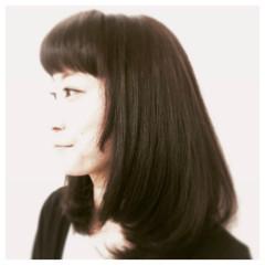 アッシュ フェミニン 前髪あり デート ヘアスタイルや髪型の写真・画像
