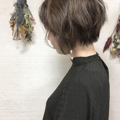 ショート ボブ 色気 ナチュラル ヘアスタイルや髪型の写真・画像