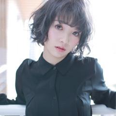ブルーアッシュ 外国人風 ブルージュ モード ヘアスタイルや髪型の写真・画像