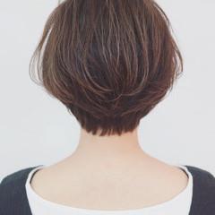 バレイヤージュ 外国人風 インナーカラー ショート ヘアスタイルや髪型の写真・画像