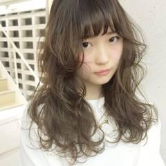 暗髪 ロング 外国人風 外国人風カラー ヘアスタイルや髪型の写真・画像