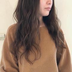 秋 ウェーブ アンニュイ ロング ヘアスタイルや髪型の写真・画像
