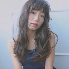 セミロング 外ハネ オフィス こなれ感 ヘアスタイルや髪型の写真・画像