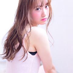 外国人風 セミロング モテ髪 ゆるふわ ヘアスタイルや髪型の写真・画像