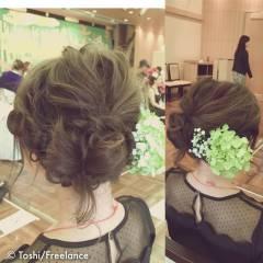 セミロング 二次会 結婚式 ナチュラル ヘアスタイルや髪型の写真・画像