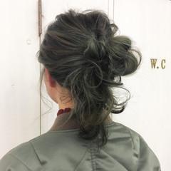 オリーブアッシュ グリーン ストリート グラデーションカラー ヘアスタイルや髪型の写真・画像