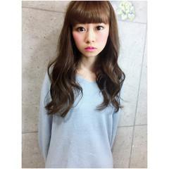 外国人風 ブラウン ロング レイヤーカット ヘアスタイルや髪型の写真・画像