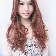 ロング 外国人風 フェミニン 卵型 ヘアスタイルや髪型の写真・画像