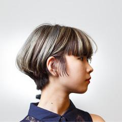 個性的 インナーカラー モード ローライト ヘアスタイルや髪型の写真・画像