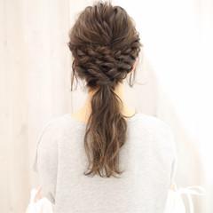 大人女子 ロープ編み ローポニーテール ヘアアレンジ ヘアスタイルや髪型の写真・画像