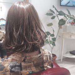 ガーリー くせ毛風 ショートボブ 大人かわいい ヘアスタイルや髪型の写真・画像