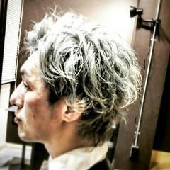 モード アッシュ 刈り上げ ショート ヘアスタイルや髪型の写真・画像