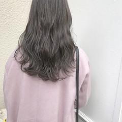 外国人風 ナチュラル アッシュ 透明感 ヘアスタイルや髪型の写真・画像