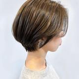 ショートヘア ショートカット ナチュラル 耳かけ ヘアスタイルや髪型の写真・画像