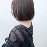 ベージュ ブラウンベージュ ナチュラル 切りっぱなしボブ ヘアスタイルや髪型の写真・画像