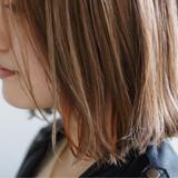 こなれ感 グレージュ 外ハネ ハイライト ヘアスタイルや髪型の写真・画像