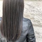ダークアッシュ ナチュラル アッシュグレー 暗髪 ヘアスタイルや髪型の写真・画像