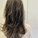 ホワイトグレージュ ストリート コントラストハイライト 大人ハイライト ヘアスタイルや髪型の写真・画像[エリア]