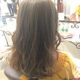 ミディアム イルミナカラー ハイライト ナチュラル ヘアスタイルや髪型の写真・画像