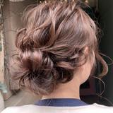 ルーズヘア セミロング まとめ髪 結婚式ヘアアレンジ ヘアスタイルや髪型の写真・画像