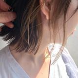 ボブ インナーカラーグレージュ インナーカラー 耳かけ ヘアスタイルや髪型の写真・画像