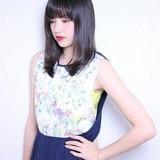 ナチュラル ミディアム ヘアスタイルや髪型の写真・画像[エリア]