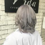ナチュラル トリートメント ホワイトグレージュ ホワイトブリーチ ヘアスタイルや髪型の写真・画像   ヤマグチ ヒカル / Vida creative hair salon
