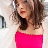 レイヤースタイル セミロング レイヤーカット シースルーバング ヘアスタイルや髪型の写真・画像