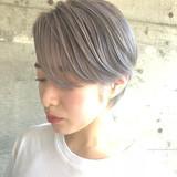 ショート エレガント ホワイトアッシュ ヘアスタイルや髪型の写真・画像