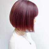 ピンクベージュ ナチュラル ラベンダーピンク 切りっぱなしボブヘアスタイルや髪型の写真・画像