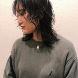 マッシュ ミディアム ウルフカット パーマ ヘアスタイルや髪型の写真・画像